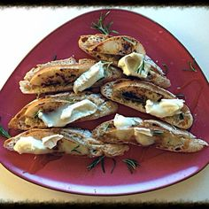 Honey Pear & Goat Cheese Crostini