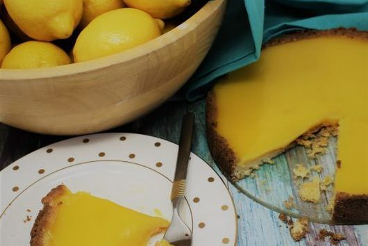 The Best Lemon Shortbread Tart EVER