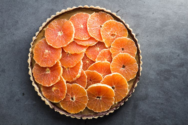 Healthy Almond Chocolate Caramel Orange Tart