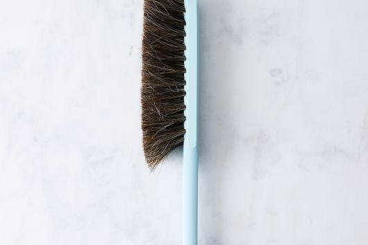 Vintage-Inspired French Hand Brush