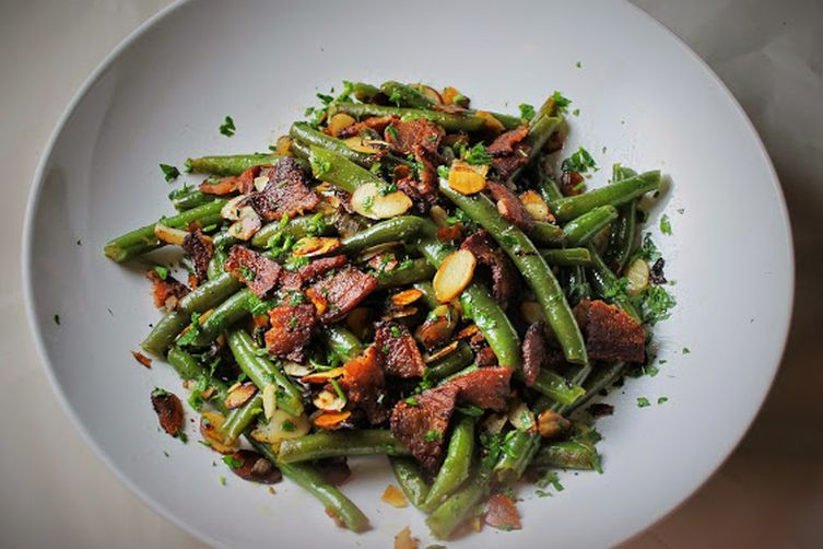 Marie's green bean almondine