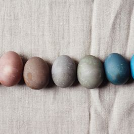 84ba308b 1801 40a5 bb87 58567bd35c82  naturally dyed easter eggs yossy arefi