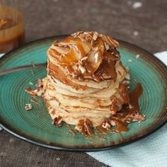 Caramelized Cinnamon Apple Pancake
