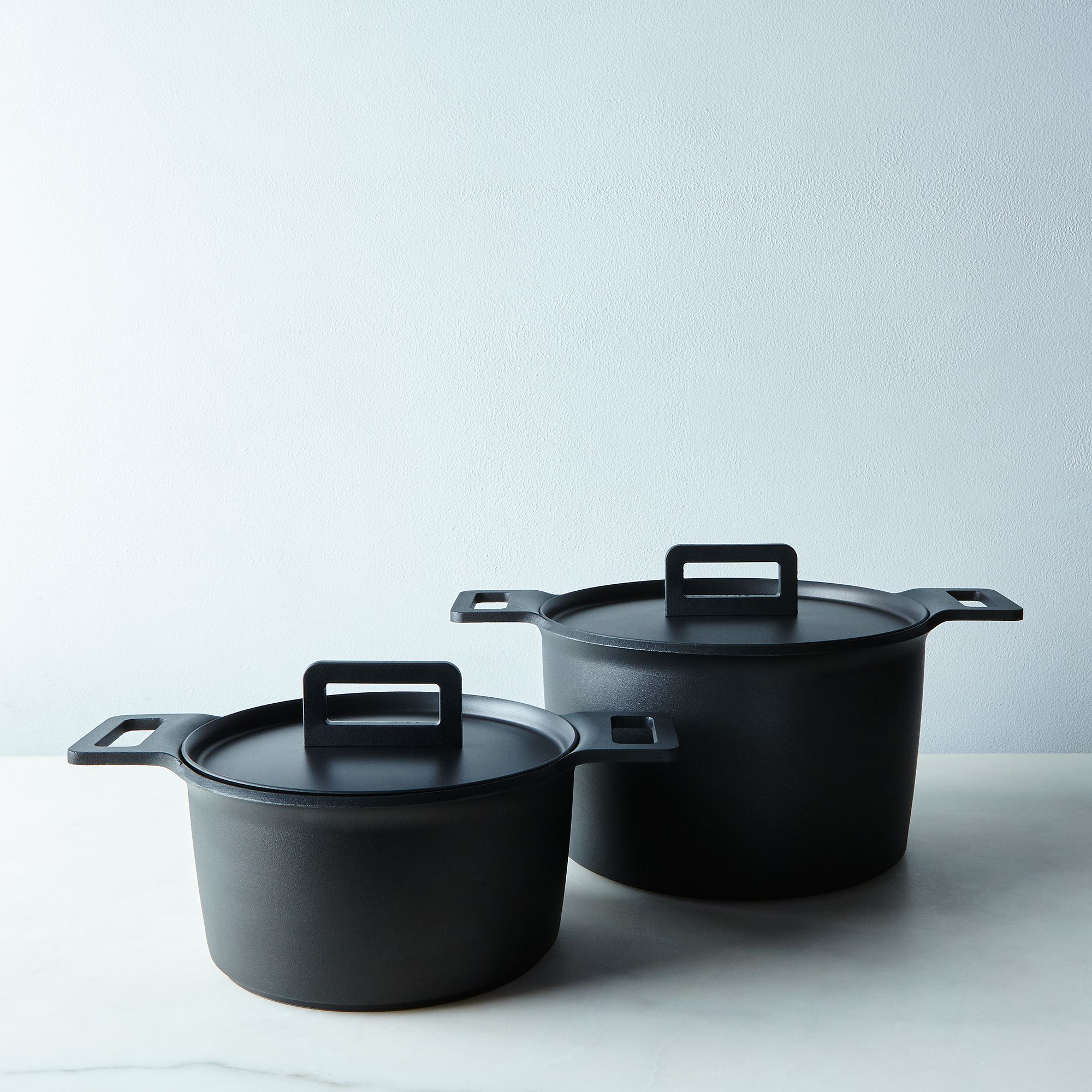 limited edition tvs nonstick pots on food -