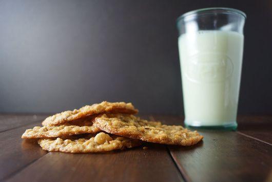 Lemon Almond Oat Cookies
