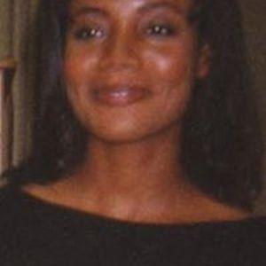 Valerie Strang