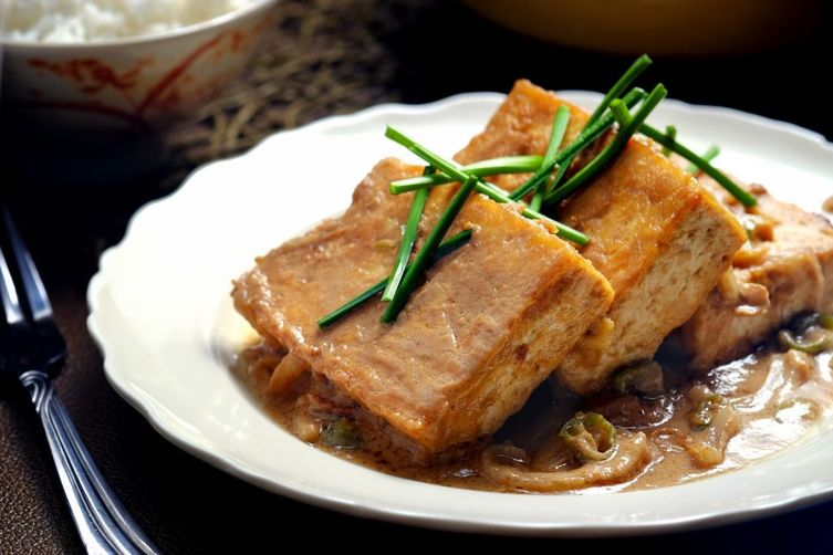 Braised Tofu in Spicy Peanut Sauce