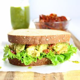 2f3dc6bb 5174 4a48 9fbf 289c90500aa4  630 sprouted grain pesto chicken sandwich el cu sandwich 2