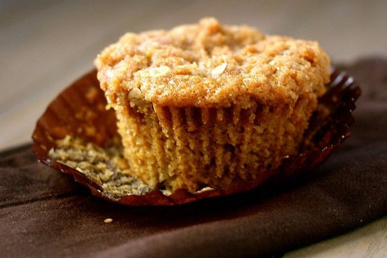 Peach Brown Betty Muffins
