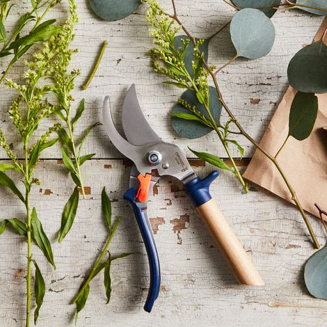 Opinel Hand Pruning Shears