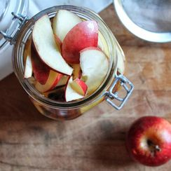 Pickled Cinnamon Cider Apples