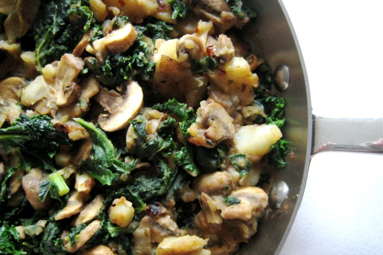 Kale, Potato, and Mushroom Skillet