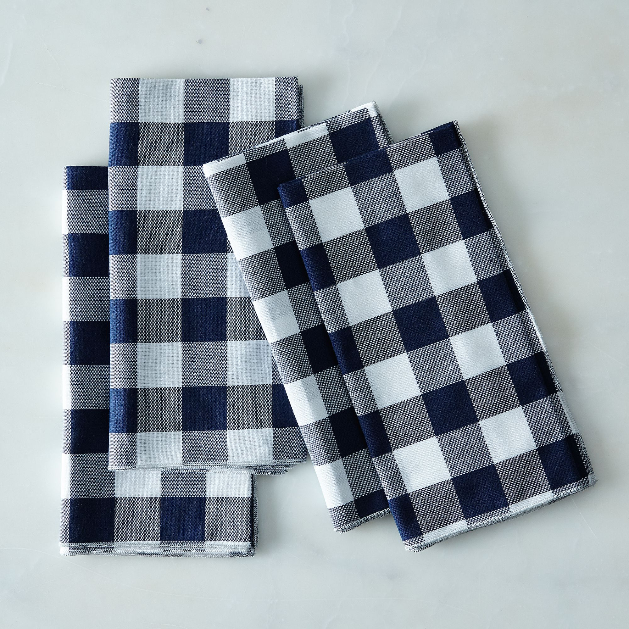 6a3a207c e6b4 4f41 beb1 2ddc69e62078  2016 0513 dot and army gingham cloth napkins set of 4 navy silo rocky luten 005
