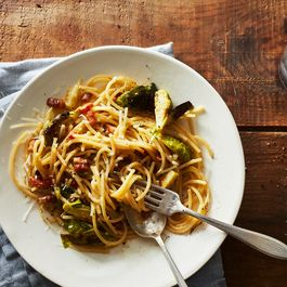 2f485196 b1db 4202 9f36 f5f48eb22b97  2017 0228 brussels sprouts carbonara 0166 james ransom