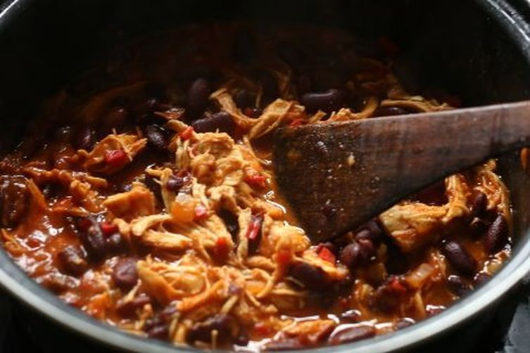 Pulled chicken tortilla bean stew filling