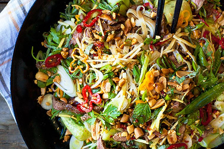 Fresh Asia Inspired Salad with rice noodles and grilled beef