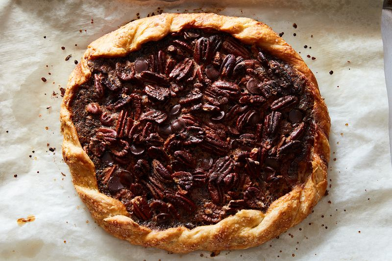 Chocolate pecan galette with a rope-like crimp.