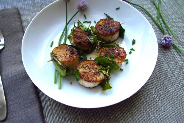 Kaffir Lime Scallops with Browned Butter