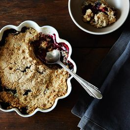 2d112257 d420 4d20 98ad 4029a07e6aa5  2014 0805 blueberry plum crumble 007