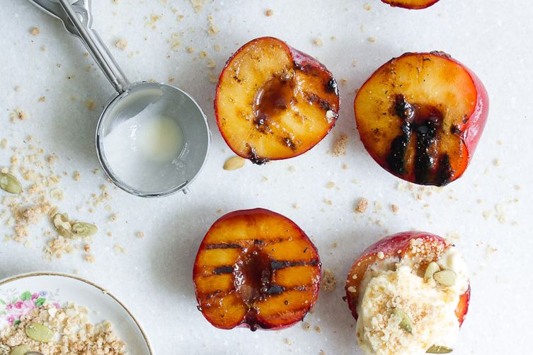 Maple grilled nectarines & almond-oat crumb (gluten-free)
