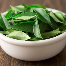 A246304f 012c 4c87 9240 1561ee1fb01f  curry leaves 1