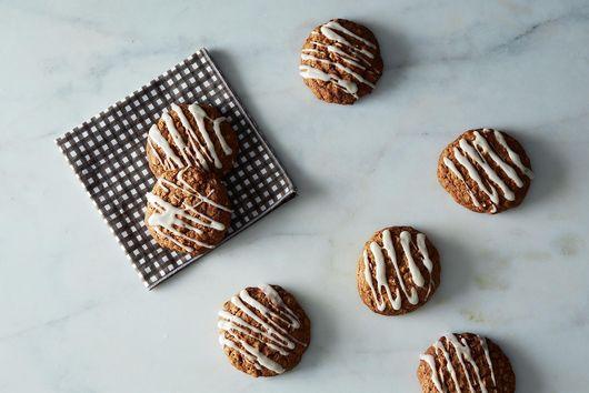 Maple & Brown Sugar Oatmeal Cookies