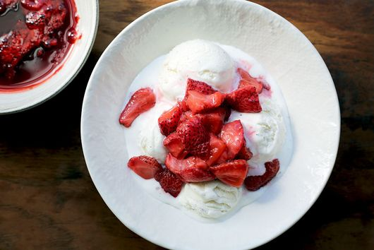 A Particularly Brilliant Way to Savor Those Summery Berries