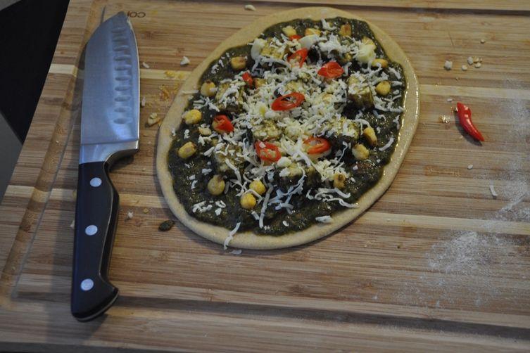 Palak Paneer Pizza