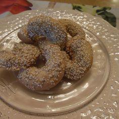 Italian Sesame Seed Cookies (Angeletti Guiguileni)