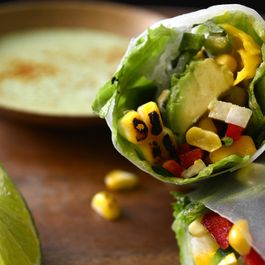 01eab13c-7854-45bc-8968-8aed92f2099d.elote-mexican-vietnamese-spring-rolls
