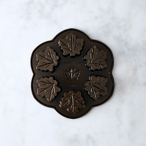 Nordic Ware Maple Leaf Cakelet Pan
