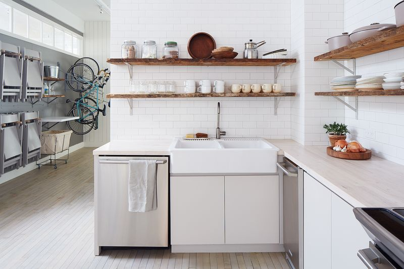How to Put an End to Foggy Glassware & 10 Other Dishwasher Tips