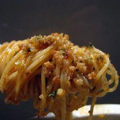 Pasta con Salsa (Spaghettini with Anchovies, Garlic and Breadcrumbs)