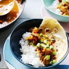 Spicy Thai red chicken curry