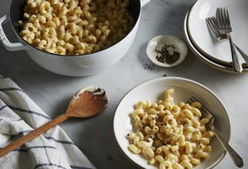 A Speedy Stovetop Mac & Cheese You Can Riff on Endlessly