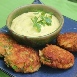 Wasabi Cilantro Aioli with Ginger Crab Cakes