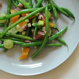 Green Beans with Apricots and Serrano Ham