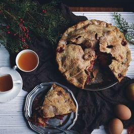 Mile-high apple cranberry pie