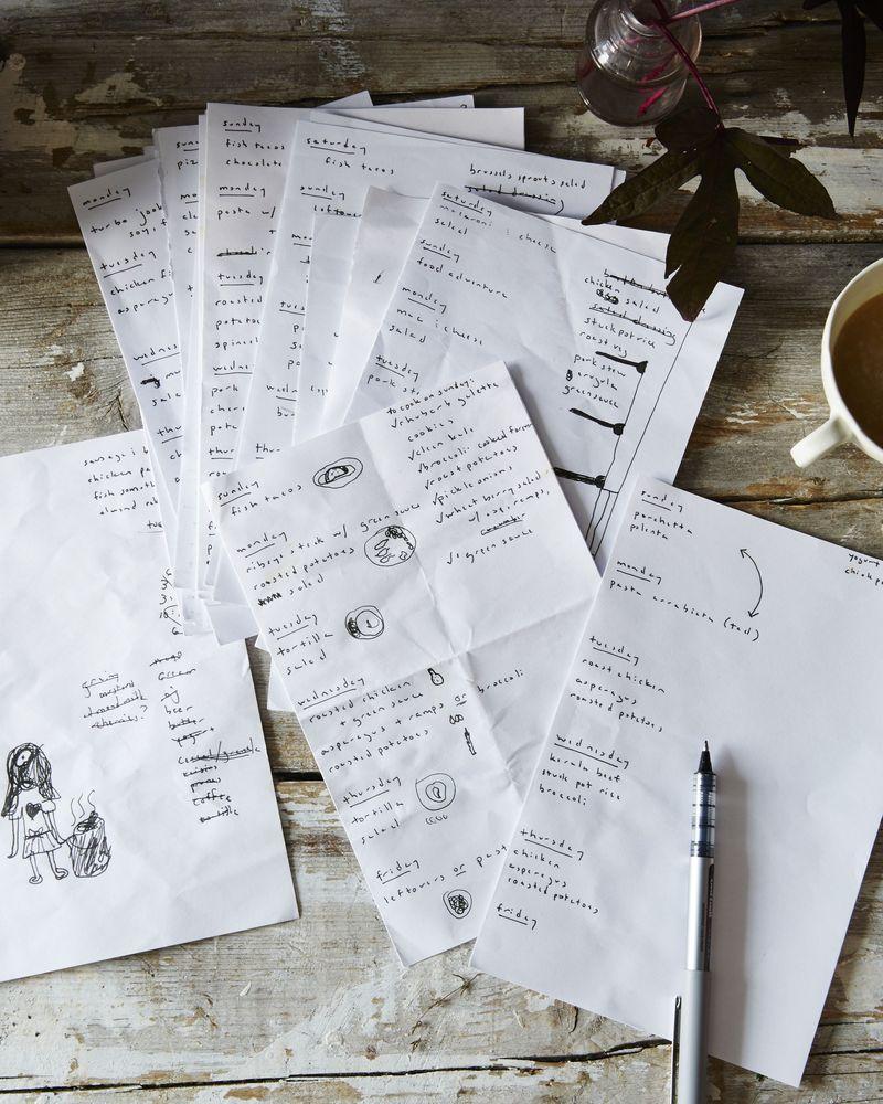 Amanda's meticulous menu planning (with her daughter's drawings).