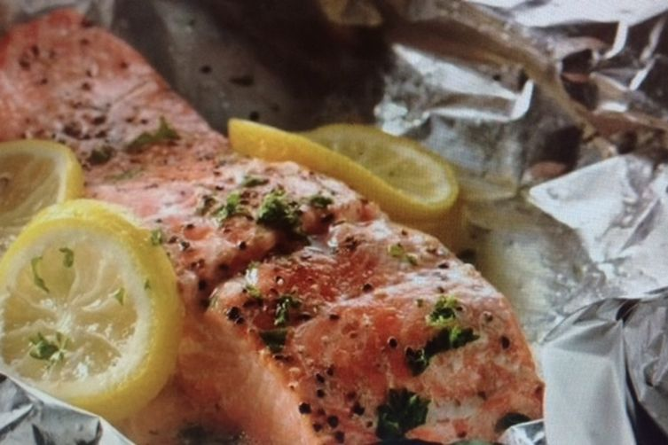 Lemon Dill Baked Salmon Packets