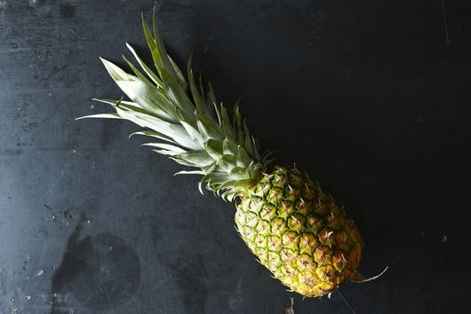 The Pineapple Hack That's Taking Over the Internet Right Now