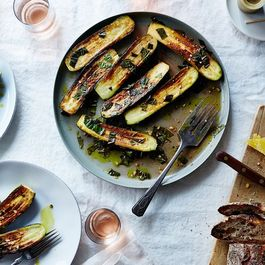 0c29e2c7 af01 474a 8bf6 792cdffad6af  e84d5eea a0be 4781 87b4 61825a7a9c94.2015 0720 red wine vinegar marinated zucchini mark weinberg 727