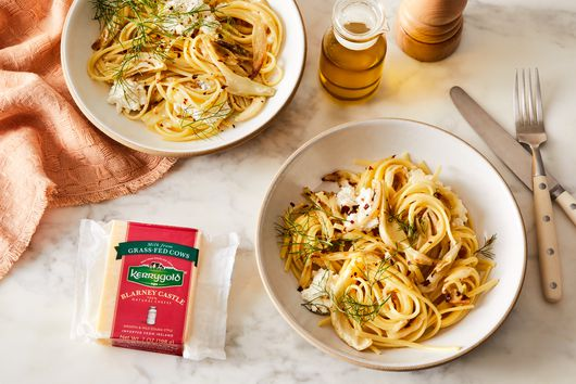 Cheesy, Garlicky Roasted Fennel Pasta