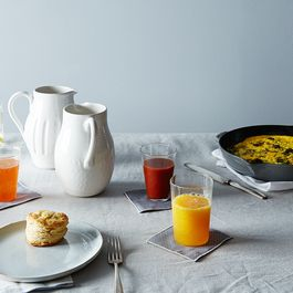 5 Tips for Hosting a Customizable, Kid-Friendly Brunch