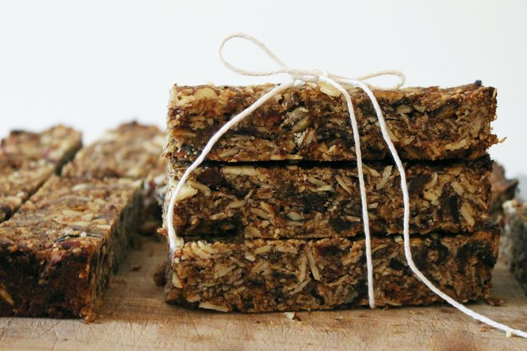 Almond Oat Bars