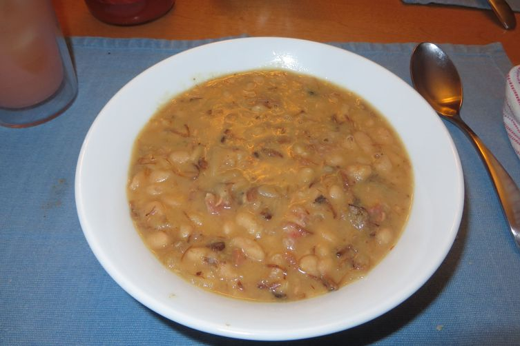 Beans with Ham and Smoked Turkey in Crock Pot