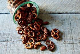 Dd12a5a8 f7d2 4015 b0b5 676d4712f18a  sweet and spicy pretzel nut mix food52 mark weinberg 14 11 18 0070