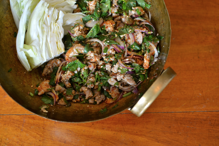 RUSTIC THAI SALAD OF MINCED CHICKEN