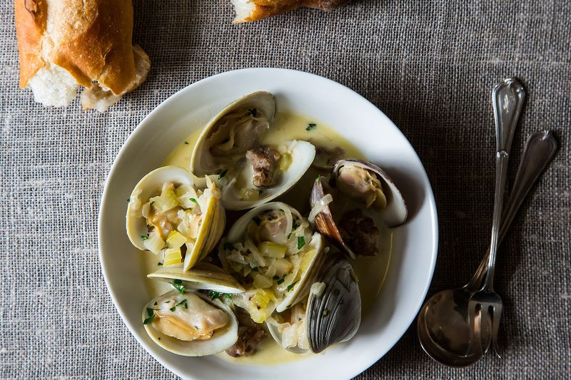 Drunken Clams with Sausage