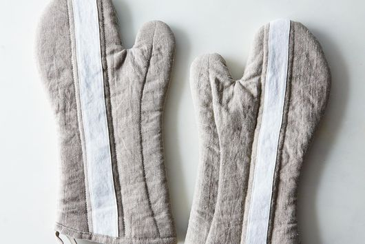 Striped Linen Oven Mitt